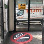 Smoking Shelter Corner With Van